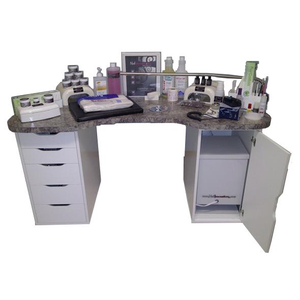 Desks & Accessoriez